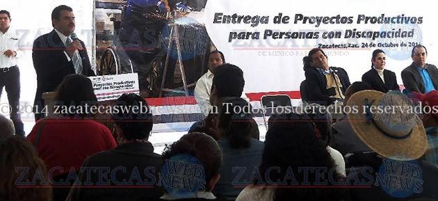 SEDESOL ENTREGA APOYOS A PERSONAS CON DISCAPACIDAD