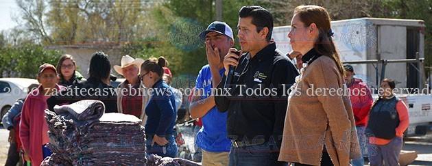 JULIO CÉSAR CHÁVEZ LLEVA APOYOS INVERNALES A DIVERSAS COMUNIDADES QUE LO REQUIEREN
